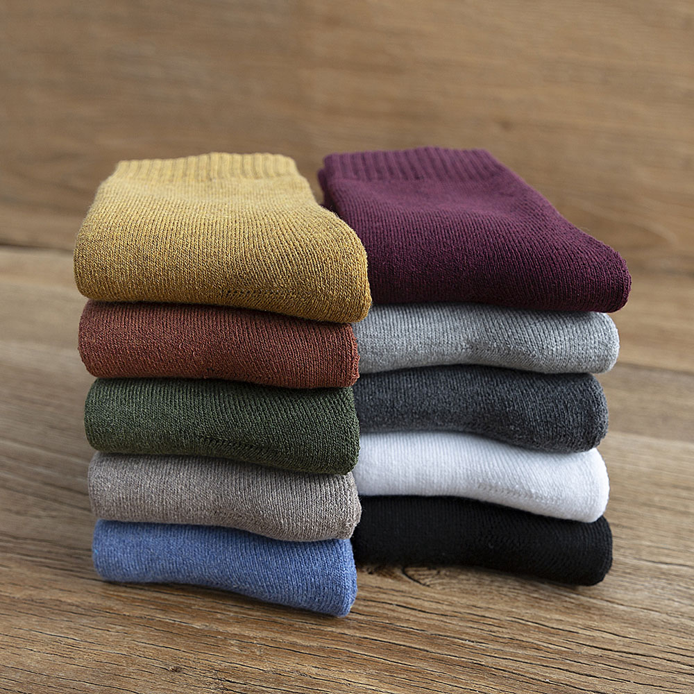New Winter Women's Thick Warm Color Wool Fashion Socks Multicolor Harajuku Retro High Quality Casual Cotton Socks Cheap Wholesa