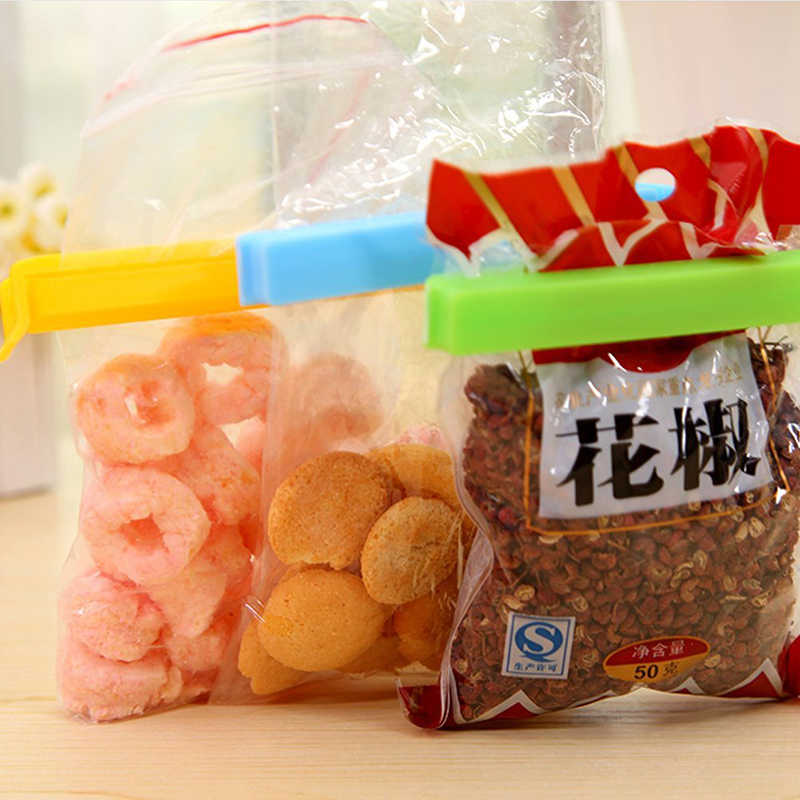 Reusable Snack Bag Peg Portable Package Resealer Sealing Plastic Folding Clip Household Food Fresh Keep Storage Seal Clamp 1Pc