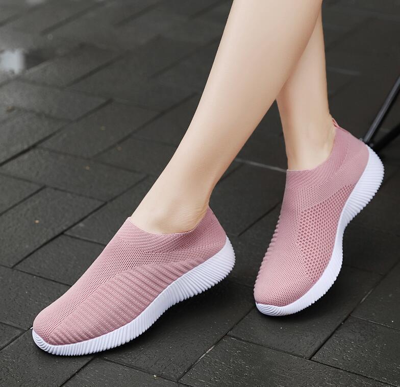 2019 Women Sneakers Vulcanized Shoes Sock Sneakers Women Summer Slip On Flat Shoes Women Plus Size Loafers Walking Flat