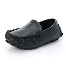 Moda miękkie skórzane dziecięce buty dla chłopców mokasyny dziewczęce mokasyny dziecięce buty szkolne Casual mieszkania trampki Slip-on maluch tanie tanio RUBBER Unisex Pasuje prawda na wymiar weź swój normalny rozmiar 24 m 25 M 26 M 27 M 28 M 29 M 30 M 31 M 32 m 33 M 34 M