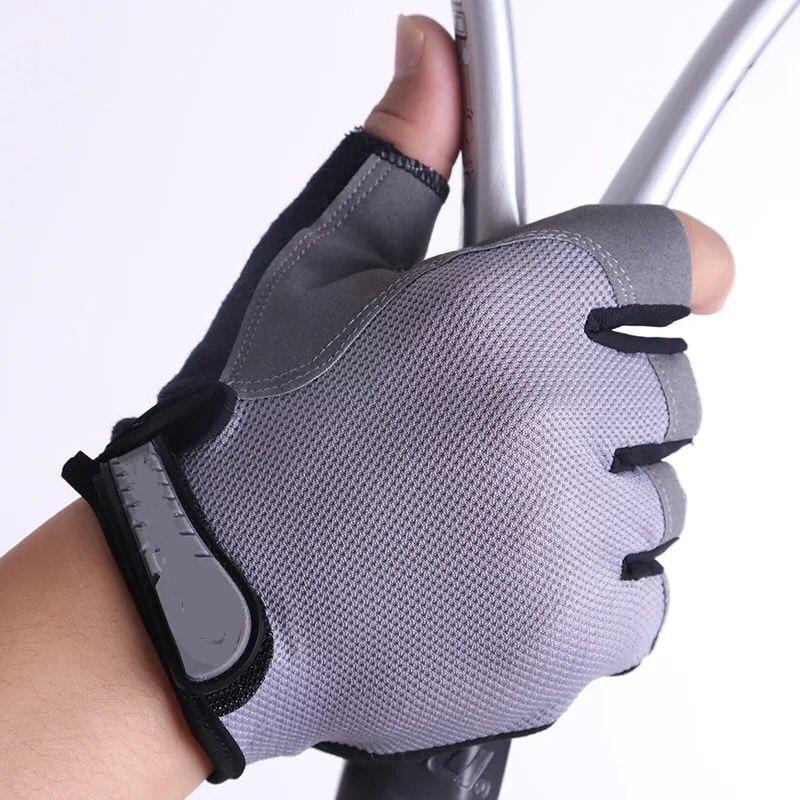 Half Finger Outdoor Sports Gloves Riding Men Women Fitness Cycling Gloves Non-slip Fingerless Breathable Protective Sunscreen