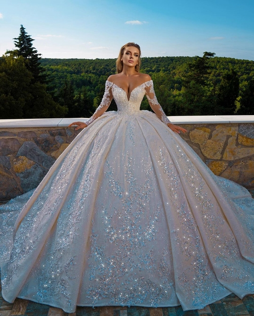 Sexy Church Wedding Dresses V Neck Long Sleves Glitter Sequins Beadings Bridal Wedding Gown Plus Size Ruffles 2021 3