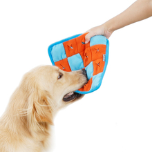 2019 New Pet Dog Feeding Mat Anti-Cho Slow Bowl Puppy Cat Eating Crackling Training Food  Fit All S21
