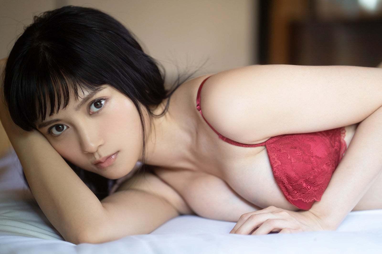 新婚人妻风写真,日本偶像Coser桃月なしこ杂志美图大赏!