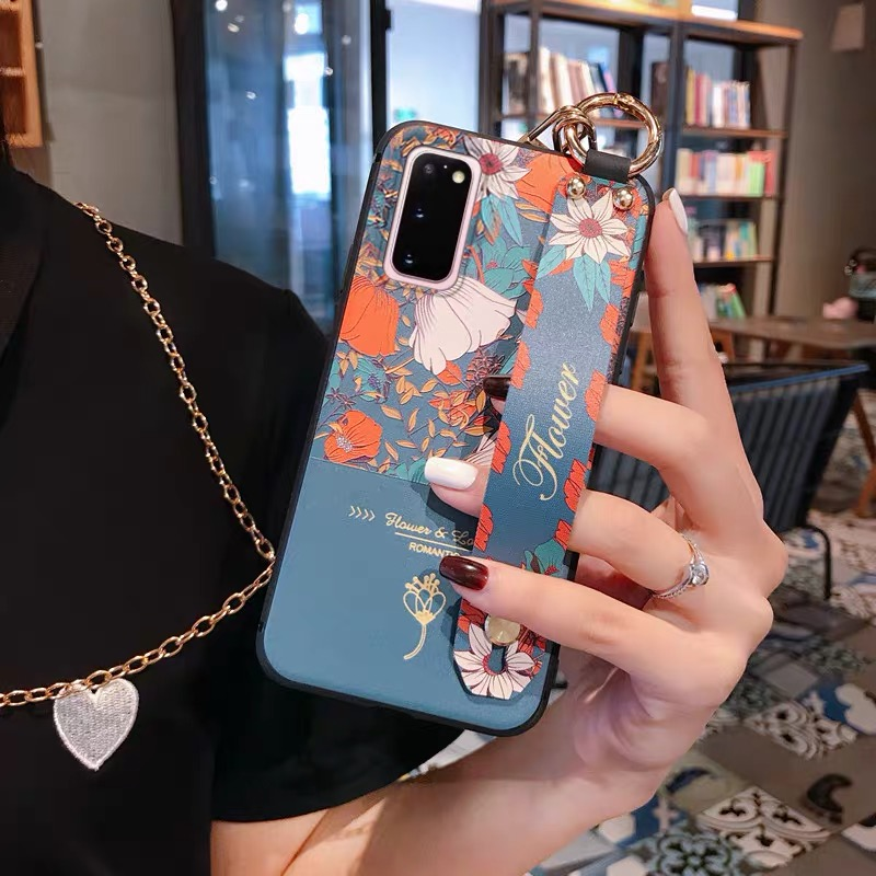 Retro 3D Embossed Crossbody Chain Flower Wrist Strap Case for Samsung S20 Ultra A71 A51 A750 S8 S9 S10 S20 Note 10 9 A50 A70 A40