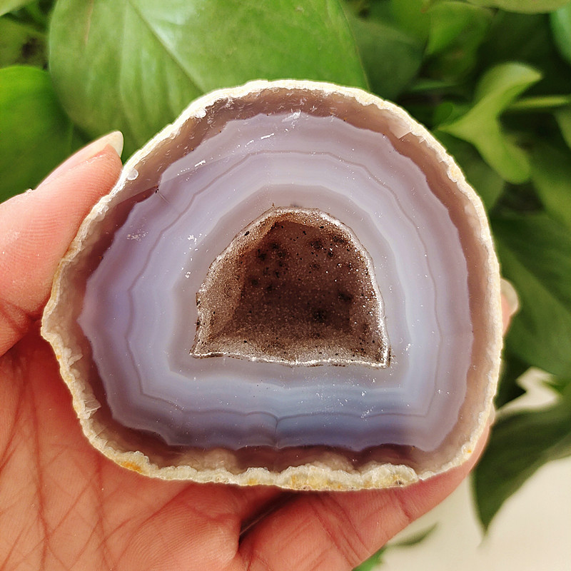 Naturalstone agate geode Crystal cluster Beautiful home decor