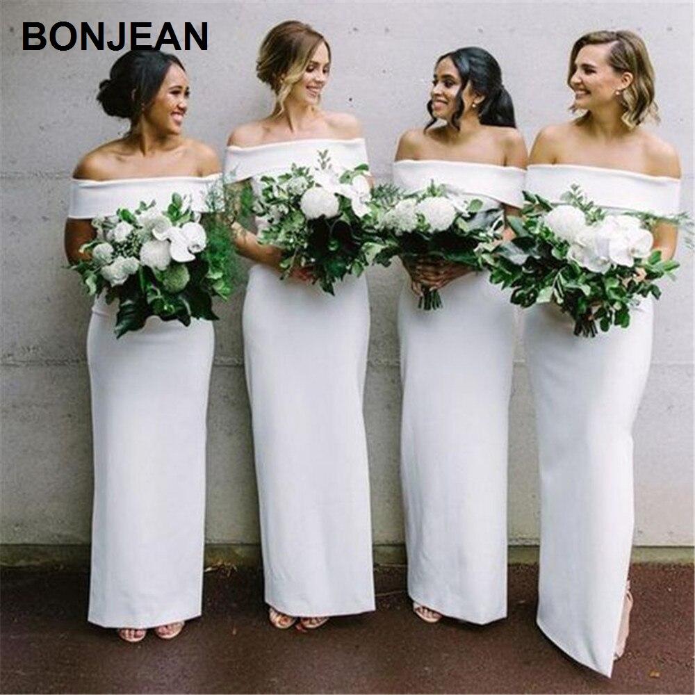 Prix de gros blanc demoiselles d'honneur robes longue Satin hors de la robe de demoiselle d'honneur sans manches bateau Necklin pour la fête de mariage