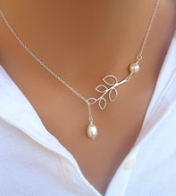 Fashion Personality Alloy Ladies Necklace Leaves Water Drops Simple Style Jewelry