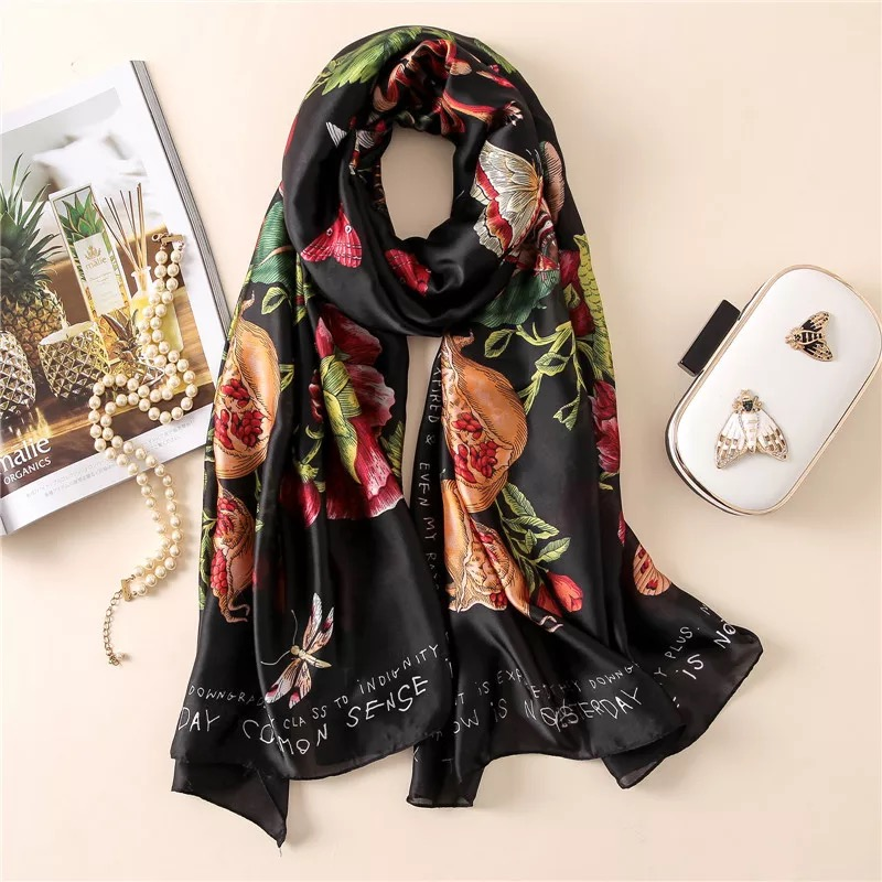 2019 Women Silk Scarf Beach Shawl Fashion Summer Wrap Designer Scarves Female Beach Wrap Stoles Bandanna Ladies Muffler Foulard