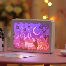 Kreatywny 3d cięcie papieru lampa stołowa w nocnej sypialni 3d Usb lampa biurkowa Led wystrój pokoju dziecięcego prezent urodzinowy lampka nocna tanie tanio ONEFIRE CN (pochodzenie) Łóżko pokój Niebieski Dół 3d Paper Carving Lamp 2g11 Brak Pokrętło przełącznika Żarówki led