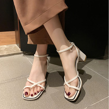 Women Clip-On Cross Strappy Sandals 2020 Summer High Heels Shoes Office Lady Block Heeled Square Toe Sandals Fashion Party