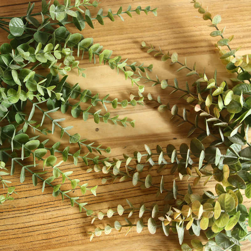 1 PC 7 Garpu Buatan Eucalyptus Meninggalkan Rumah Dekorasi Meja Plastik Simulasi Uang Daun Rumput Tanaman Palsu Pesta Garden Dekorasi