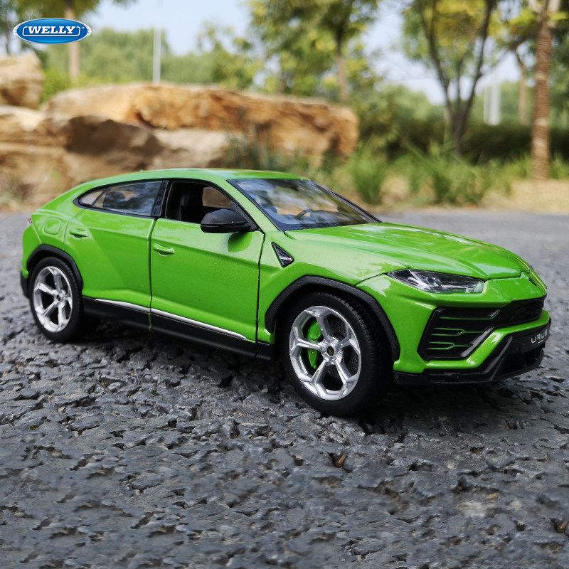Welly 1:24 Lamborghini Urus Green Car Alloy Car Model Simulation Car Decoration Collection Gift Toy Die Casting Model Boy Toy