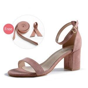 Image 4 - 여성 샌들 2020 여름 신발 여성 6.5/4CM 스퀘어 하이힐 솔리드 가짜 스웨이드 플록 발목 워프 슬리퍼 레이디 웨딩 샌들