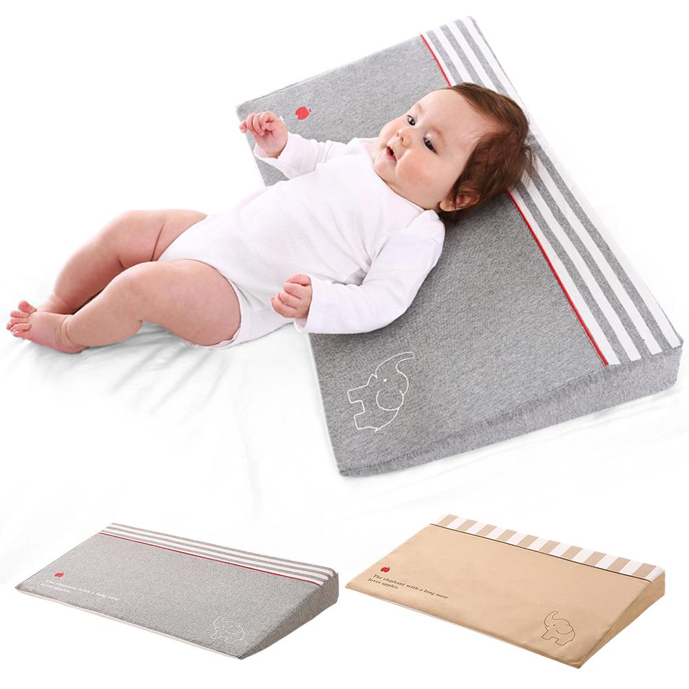 Waterproof Baby Wedge Pillow with 10 Degrees Tilt to Prevent Infants from Spitting and Drooling