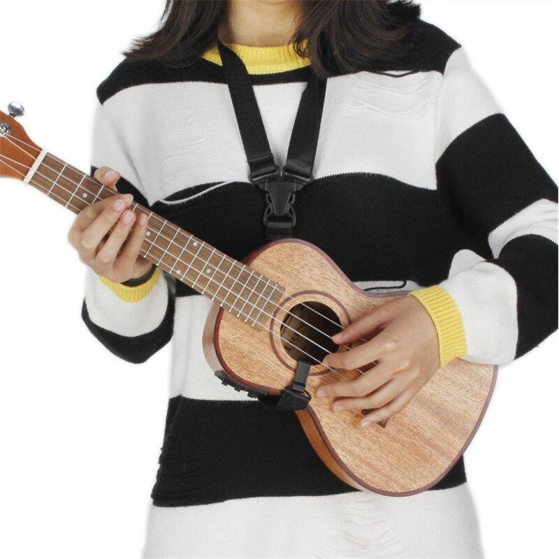 Nouveau ukulélé 24 pouces avec corps en bois sapélé pick-up haut de gamme à 2 étages avec accordeur LCD sangle d'affichage guitare à cordes Instruments de musique