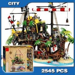 2545 sztuk piraci z Barracuda Bay Castle seria piraci rabunek koszary zestawy klocków DIY zabawki kompatybilne z Lago castle serie compatible with legobuilding blocks set -