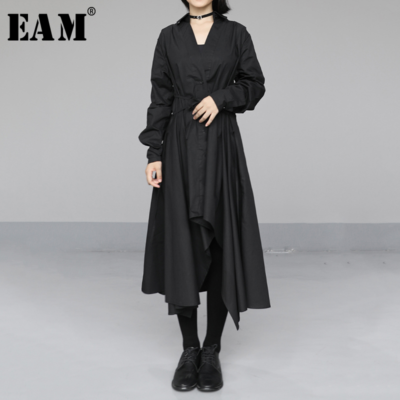 [EAM] Women Black Asymmetrical Long Split Shirt Dress New Lapel Long Sleeve Loose Fit Fashion Tide Spring Autumn 2020 1N684