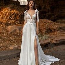 Sexy branco fenda vestido de casamento chiffon a linha rendas appliqued flores vestido de noiva com decote em v praia simples feito sob encomenda para robe feminino
