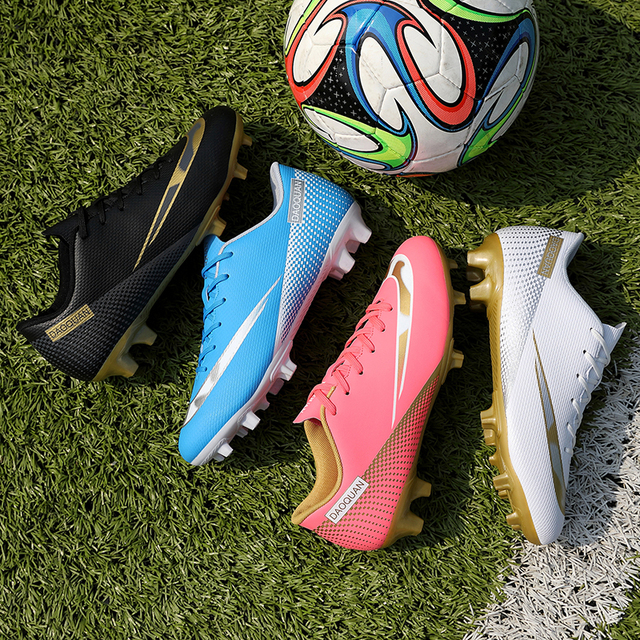 Large Size Long Spikes Soccer Shoes Outdoor Training Football Boots Sneakers Ultralight Non-Slip Sport Turf Soccer Cleats Unisex 6