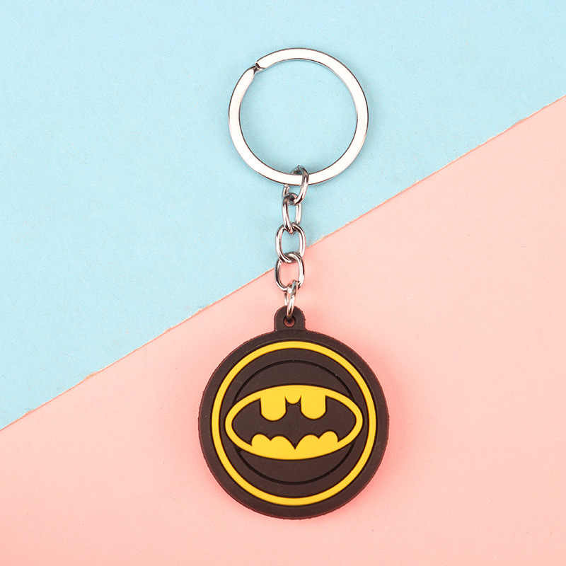 3D de Super-heróis Vingadores Marvel Keychain Bonito Dos Desenhos Animados Chaveiro PVC Batman Homem Aranha Crianças Detentor da Chave Do Anel Chave Da Corrente Chave Bugiganga
