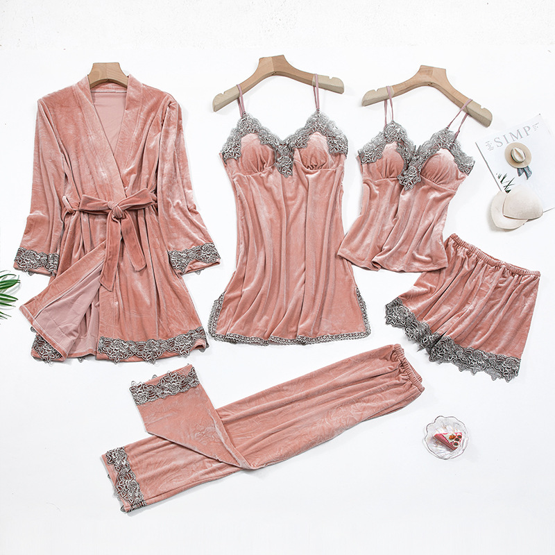 2020 Gold Velvet 4 Pieces and 5 Pieces Warm Winter Pajamas Sets Women Sexy Lace Robe Pajamas Sleepwear Kit Sleeveless Nightwear 2