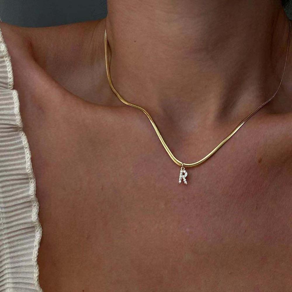 Ожерелье, ожерелье для Женская цепочка в виде змеи ожерелье-чокер с золотым воротником Zirconic кулон Письмо ожерелья Алфавит ювелирные изделия