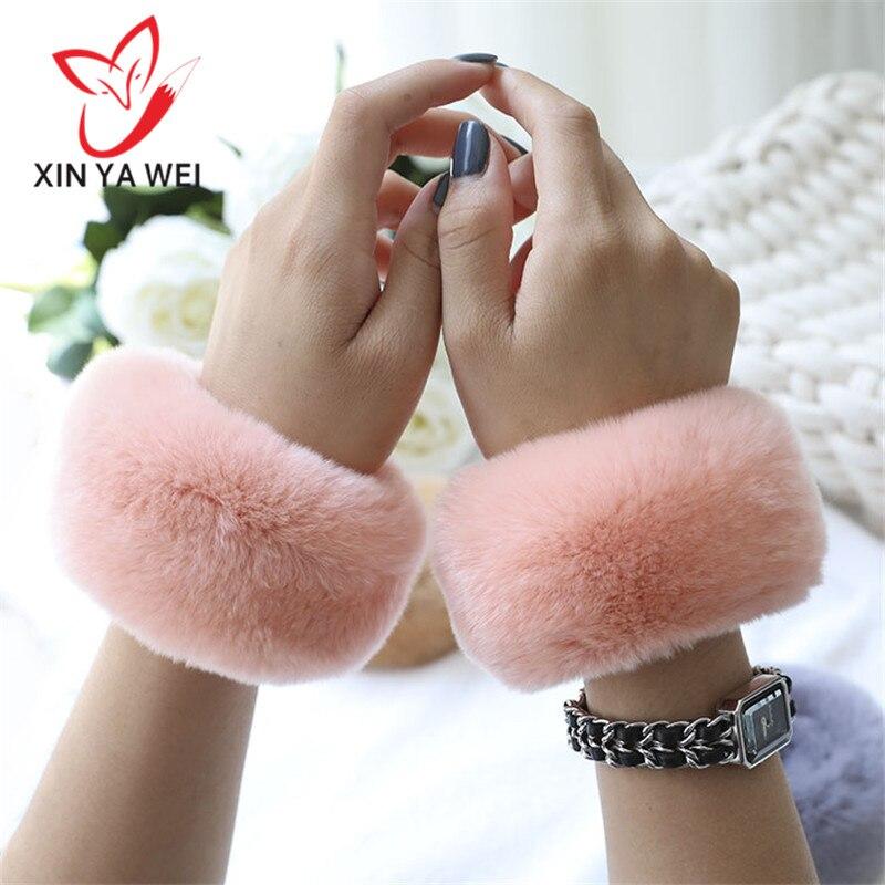 A Pair Of Rex Rabbit Fur Plush Trench Coat Cuff Bracelet Winter Arm Warm Women Thick Wrist Arm Gloves Female Elastic Sleeves