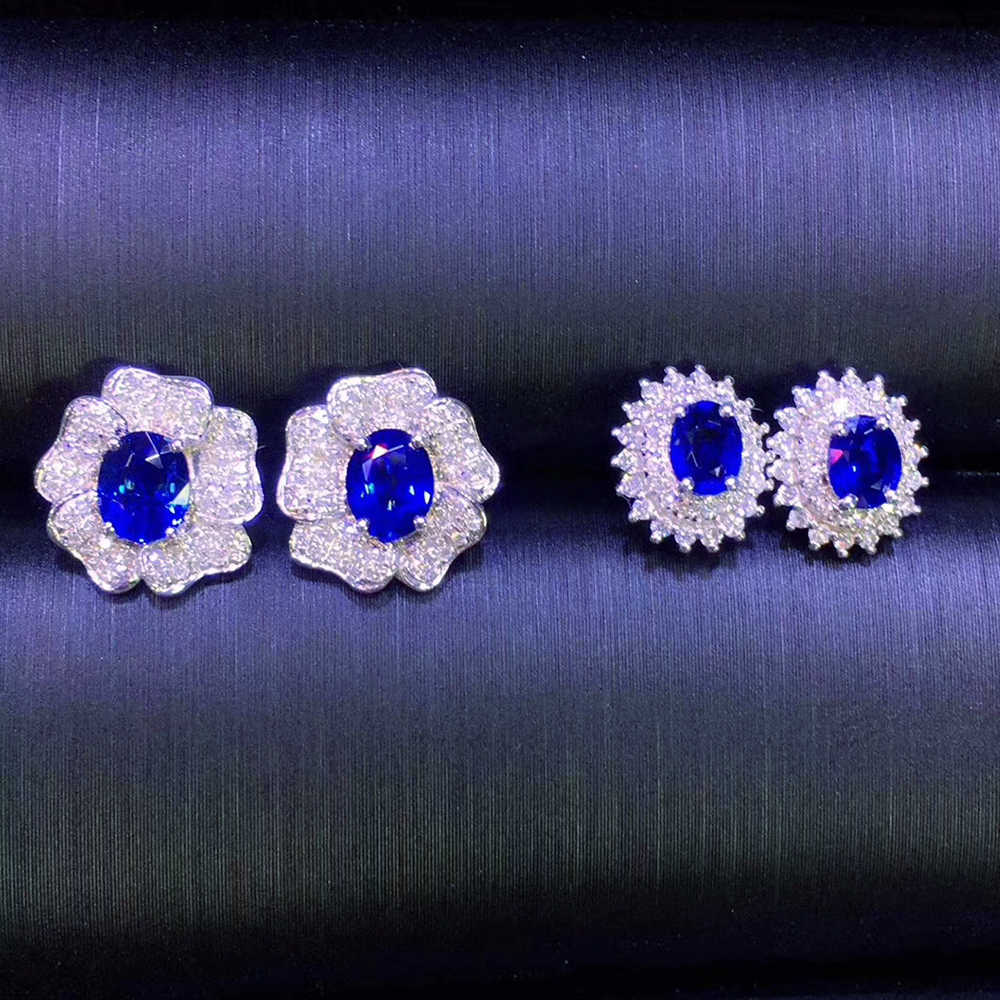Natural Unburnt Royal  18k gold Sapphire Earrings  Main stone about 1.2ct Whole size about 10*9mm