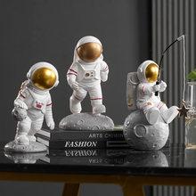 Sculpture d'astronaute nordique, Mini Figurine d'homme spatial, artisanat en résine, décoration de maison, ornements modernes minimalistes, cadeau d'anniversaire