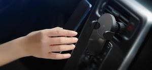 Image 4 - Xiaomi Mi 20W/10w Max Qi bezprzewodowa ładowarka samochodowa inteligentny czujnik podczerwieni szybkie ładowanie podwójne chłodzenie uchwyt samochodowy telefon dla Mi 9
