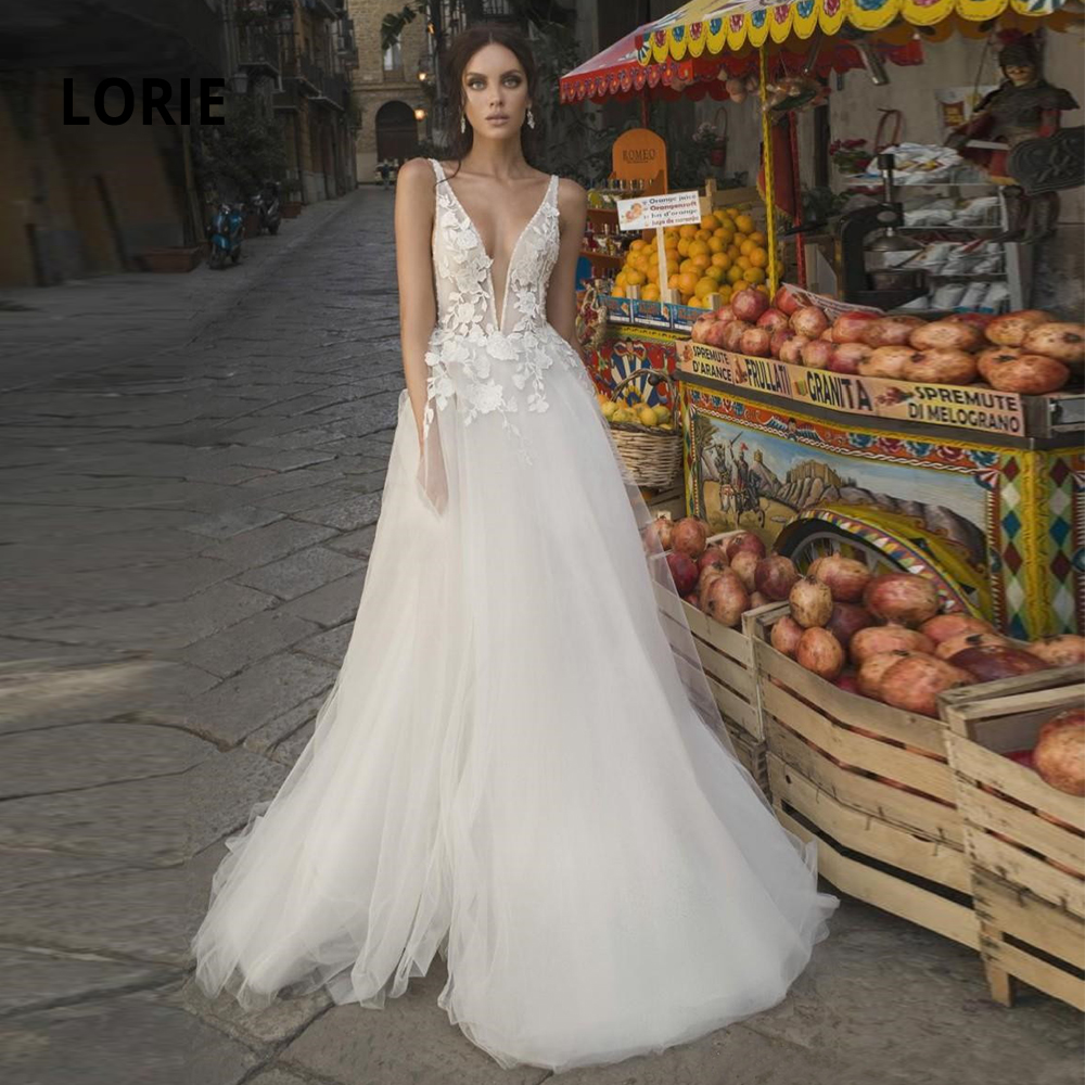 LORIE Sexy Deep V-neck  Bohemian Wedding Dresses Lace Appliqued Soft Tulle Beach Bridal Gowns Backless A-Line Mariage Vintage