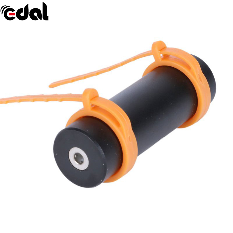 Swimming Waterproof MP3 Player 4GB Built-in Diving Sports MP3 Players USB Charging Cable Support FM Headphone Arm Band