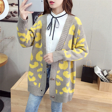 New 2019 Autumn Womens Sweaters  fashionable Casual Plaid V-Neck Cardigans Single Breasted Puff Sleeve Loose
