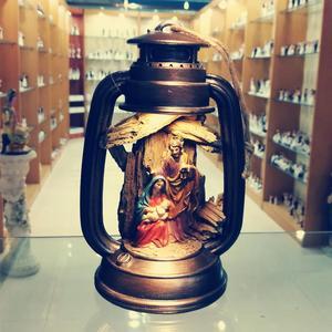 Image 1 - Ev dekorasyonu noel doğuş seti İsa heykelcik İsa doğum sahneleri noel hediye kutsal aile heykeli noel ağaç dekor LED