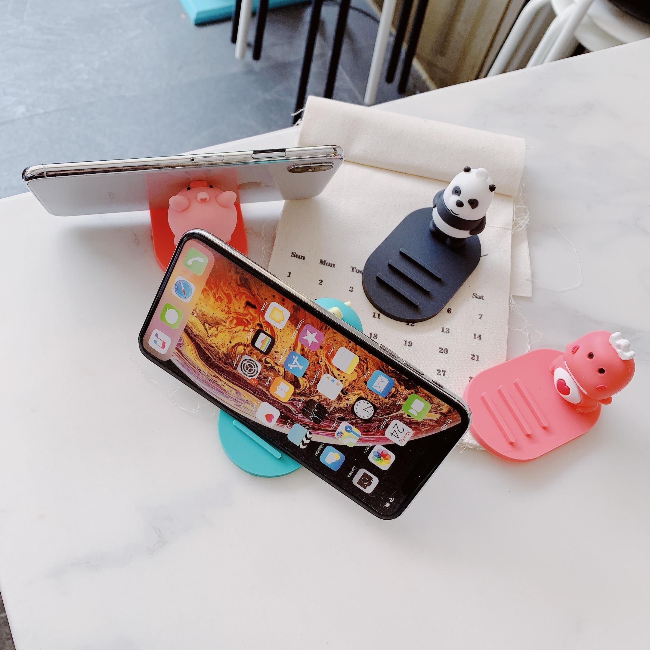 Cartoon Silicone Mobile Phone Holder Loving bear Car Desktop Bracket Multi-function Adjustable Stand Mount Non-slip Cute Stand