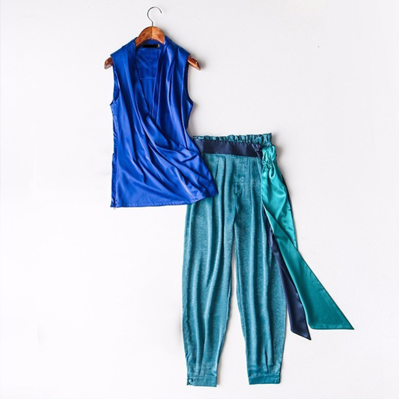 2019 New Women Sleeveless Tops Turnip pants Two Piece Set Sexy V Neck Blouse Shirt High Waist Lace up Trousers Sets