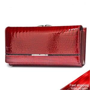 Image 1 - Echtes Leder Frauen Geldbörsen Weibliche Brieftasche Alligator Luxus Marke Geldbörse Design Kupplung Tasche Karte Halter Zipper Damen Geldbörsen