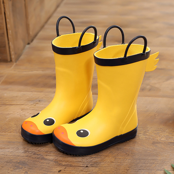 2020 Fashion Children Shoes Waterproof Rainboots Pvc Rubber Boys Girls Baby Cartoon Shoes Antiskid Kids Water Shoes Removable