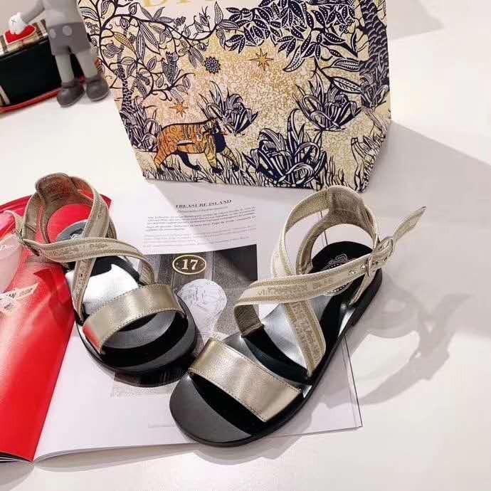 Girl's Summer Golden Fashion Sandals