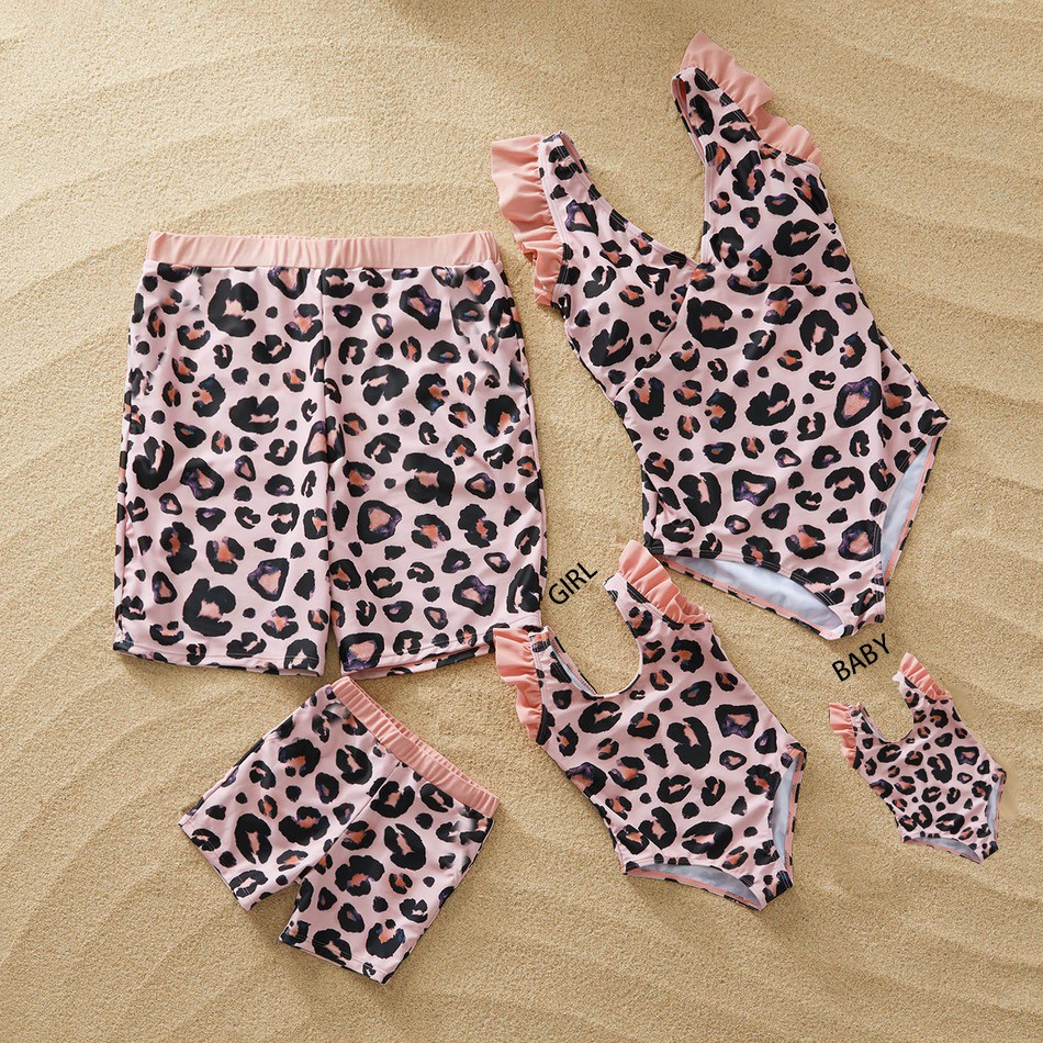 Family Swimwear Leopard Swimsuit Mother Daughter Bath Suits Dad Son Swim Shorts Mommy Daddy And Me Matching Clothes Outfits Look
