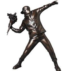 Arte Callejero de Inglaterra, escultura Banksy, figura Bomber, juguete artístico coleccionable