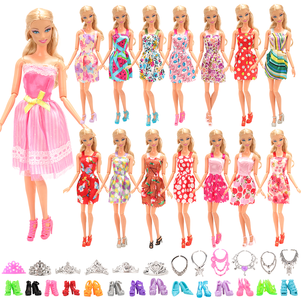 Fashion 32 Items /lot <font><b>Doll</b></font> Accessories =Kids Toys 10 <font><b>Dolls</b></font> Dress Random +10 Toys <font><b>Shoes</b></font> + 12 Accessory Kits For Barbie DIY Game image