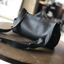 Leather bag 2020 new cylinder bag soft leather fashion shoulder bag cowhide fold female shoulder bag ladies shoulder bag handbag new cowhide shoulder bag leather messenger bag buckle fashion europe and the united states portable ladies bag