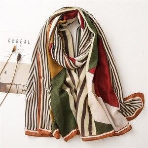 Image 5 - Женский шарф из пашмины с леопардовым принтом, дизайнерские хлопковые шарфы, шали и накидки, шифоновый хиджаб, бандана, 2019
