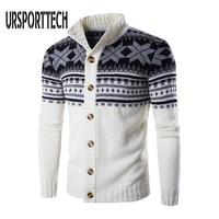 Красивый мужской свитер на пуговицах в деловом стиле 1