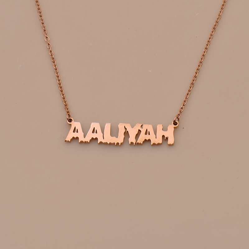 name necklace 5