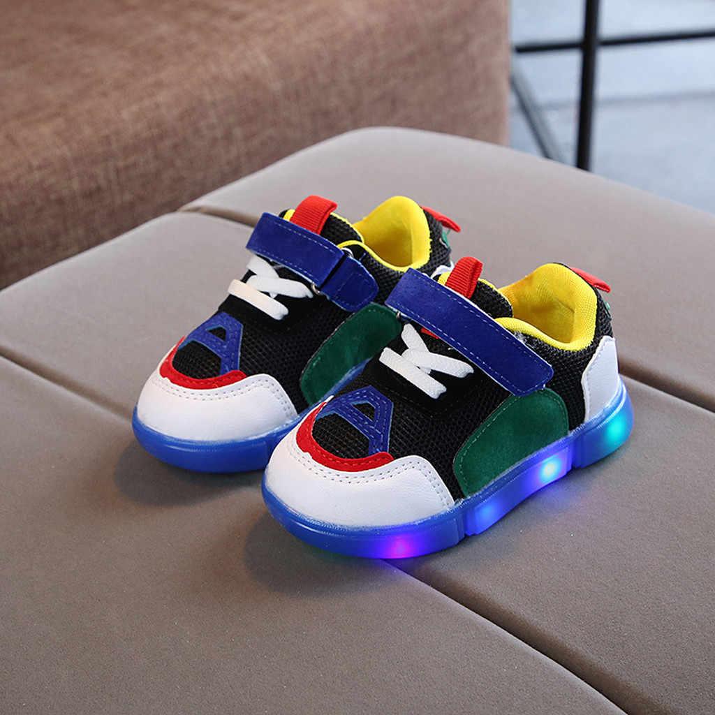 Niños pequeños niñas bebés Led luz luminosa Led zapatos al aire libre niños zapatillas suaves fuera de correr noche Cool niño niña Sandalias de deporte