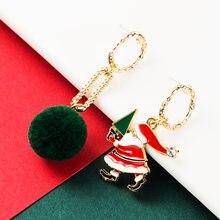 Рождественские милые асимметричные серьги в виде Санты женские