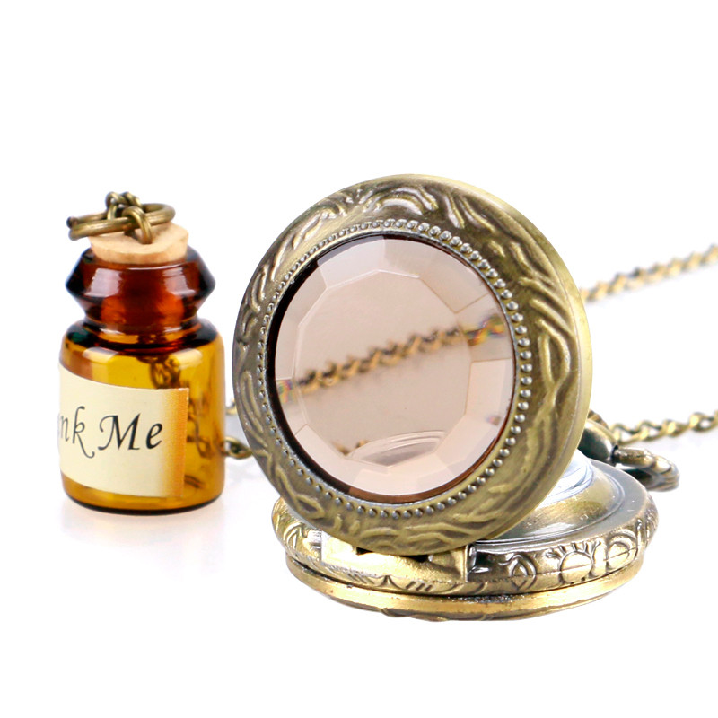 Купить с кэшбэком Vintage Glass Alice In Wonderland with Cute Drink Me Bottle Dark Brown Quartz Pocket Watch Gift for Pocket Watch With Necklace